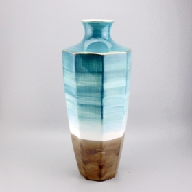 ceramic two tone glaze vase